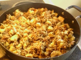 A pot of turkey hash feeds a big family.